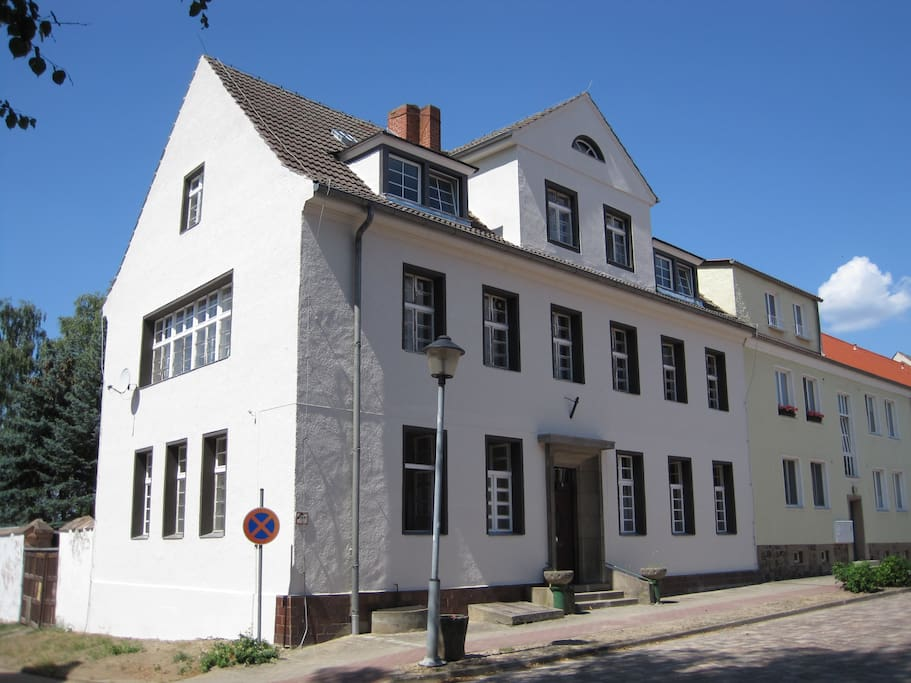 The Lychen House