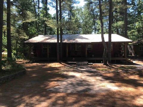 Lake Tahoe Resort (log cabin)