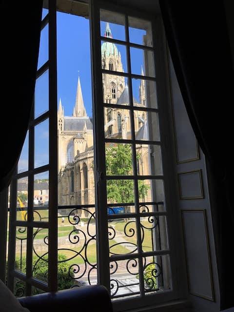 Vue unique cathédrale, charme et authenticité !