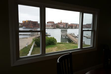 Amazing views of portsmouth harbor - Lakás