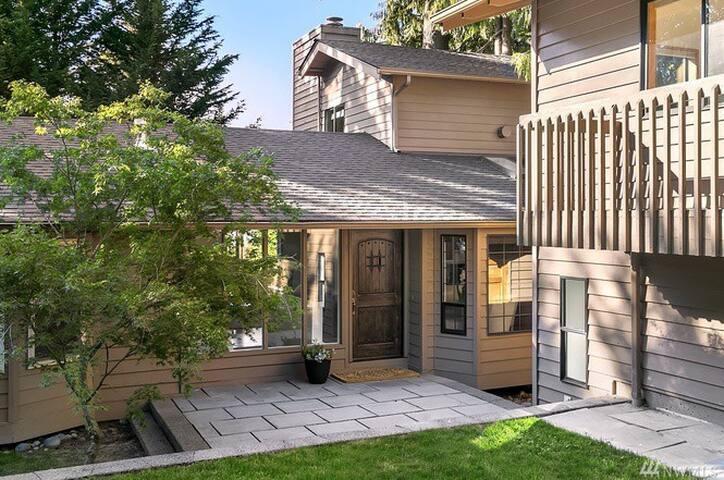 Spacious House for a weekend (4bdrm/3bath) - Issaquah - House
