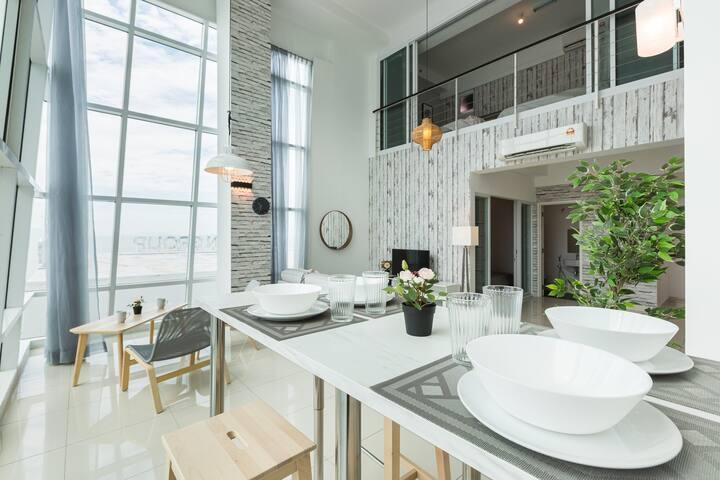 Modern 2BR Duplex @ MARITIME Suite 乔治市阁楼套房