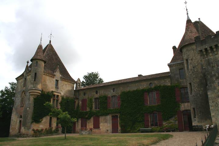 chateau de laubesc - Cessac - Castle