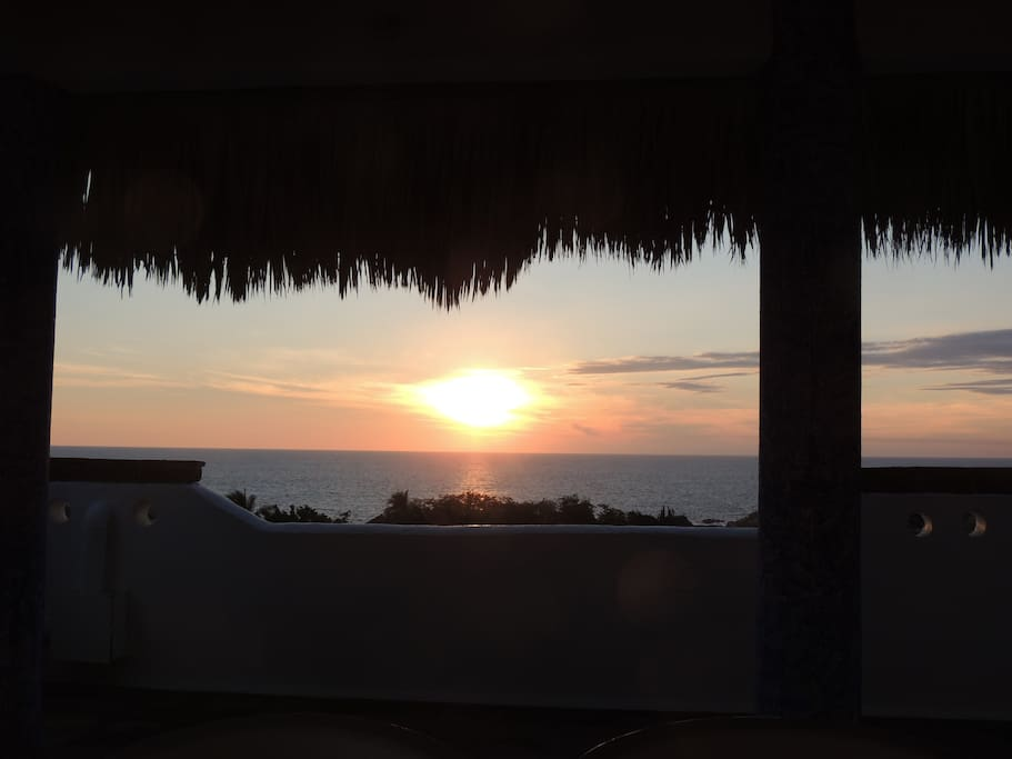 Many guest enjoy gatherings on the roof top palapa at sunset with their favorite beverage in hand!