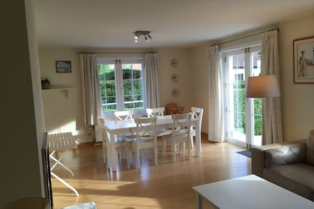 Appart - garden - 50m from the sea - Apartment