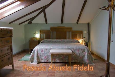 B&B Posada de la Abuela Fidela - Bed & Breakfast