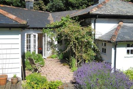 Shepherd's Cottage, rural retreat - Salisbury - Rumah