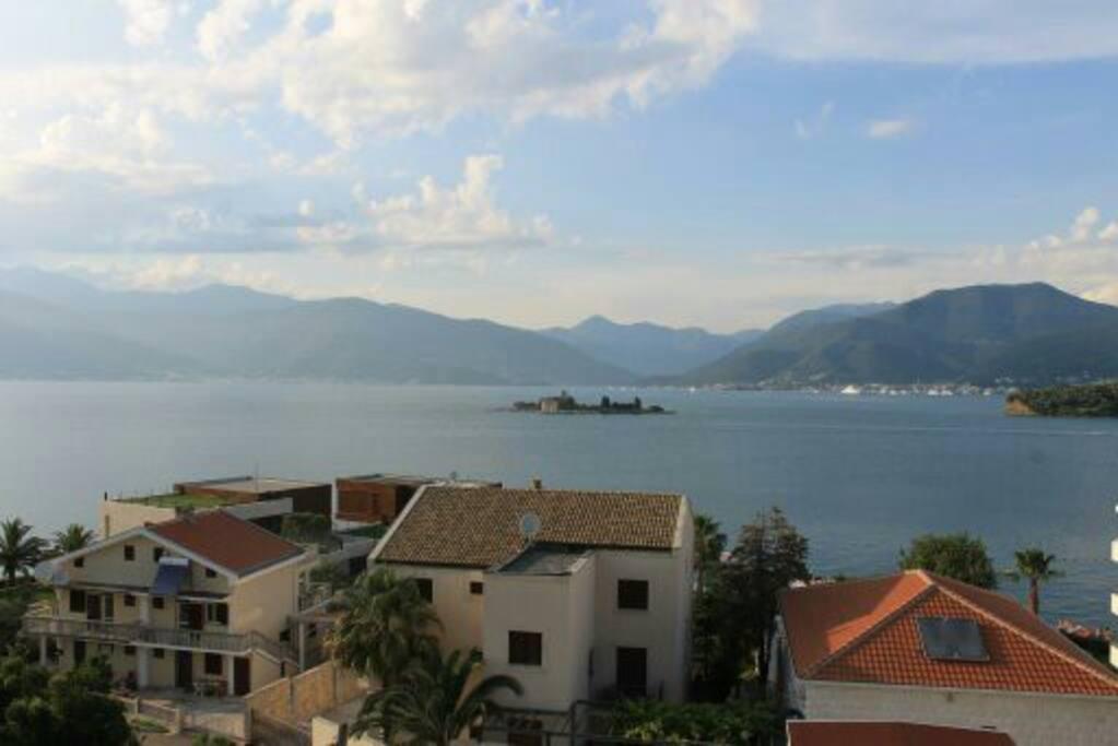 черногория аренда квартиры у моря скрытым колесикам тумбу