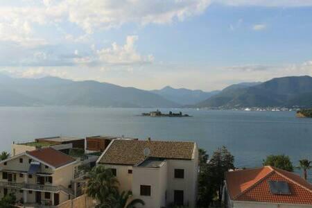 Апартаменты у моря - Tivat - Daire