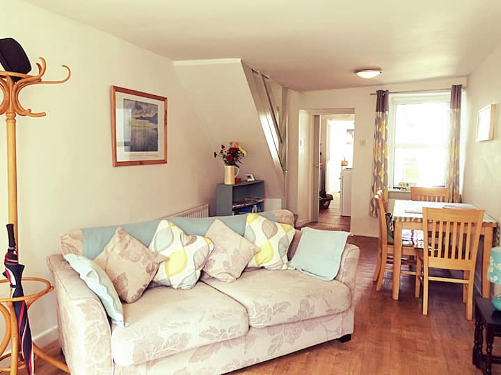 Cosy Cottage in Lovely Market Town