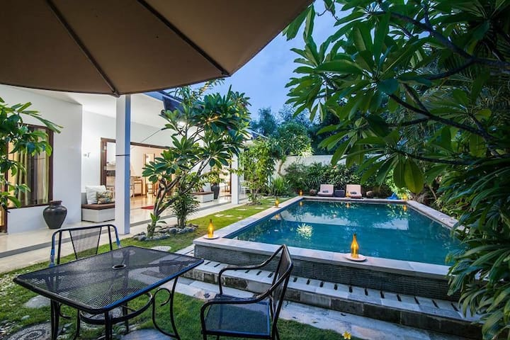 Promo Easter Villa not share pool - Denpasar  - Villa