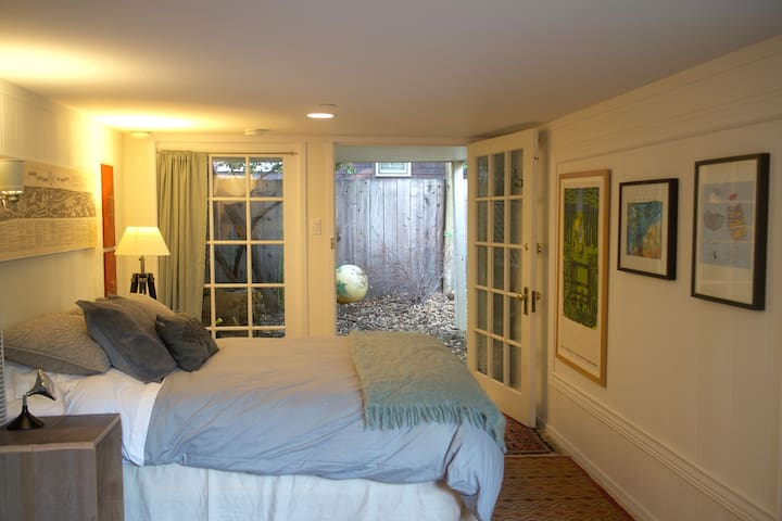 Private Garden Apt in San Anselmo, CA Marin County - San Anselmo - Apartment