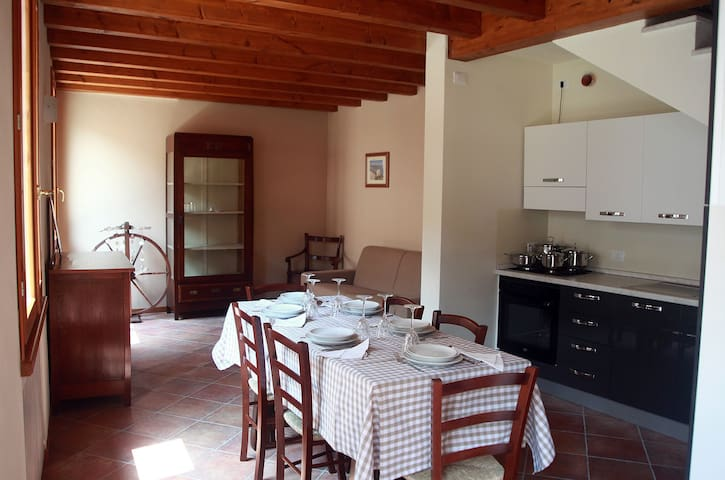 San Martino #2 @ Corte Rosa for 5 people - Cavriana - Apartment