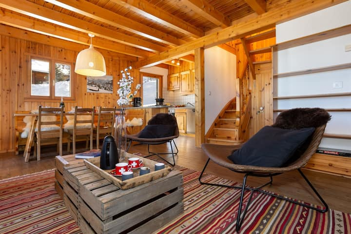Relaxing Sauna chalet for 6 |  FREE WiFI