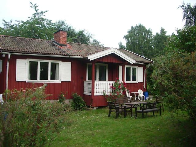 Fritidshus Stockholms skärgård - Vaxholm - Kulübe