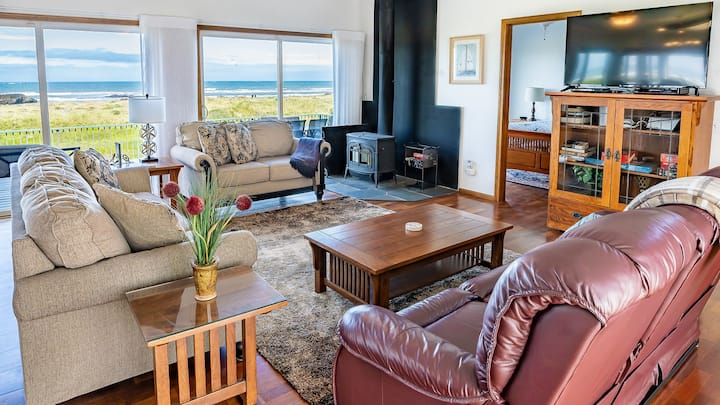 Beach house,Pets, Jacuzzi,game rm,fire pit,10 peop