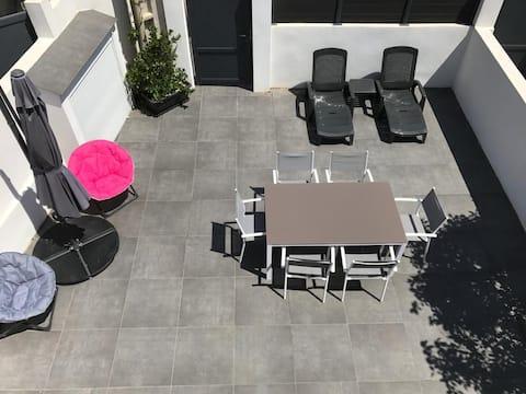 Appartement Moderne T3  EN REZ DE VILLA