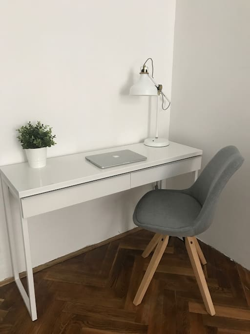 Your work space with Wi-Fi