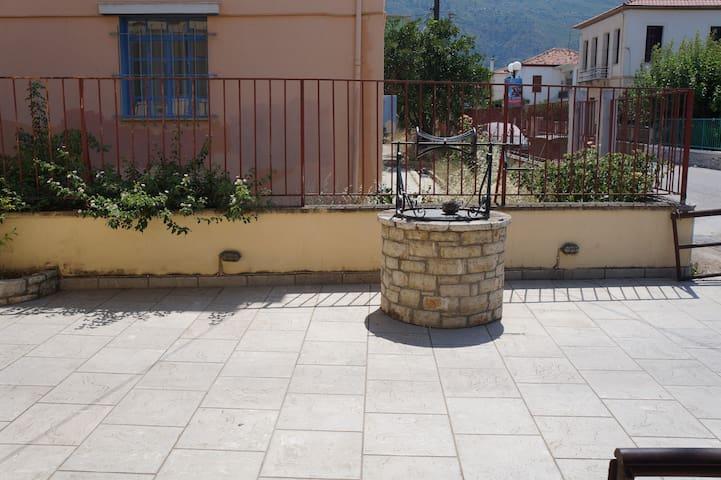 Ξενοδοχείο Λεμονιές - Diakopto - อพาร์ทเมนท์
