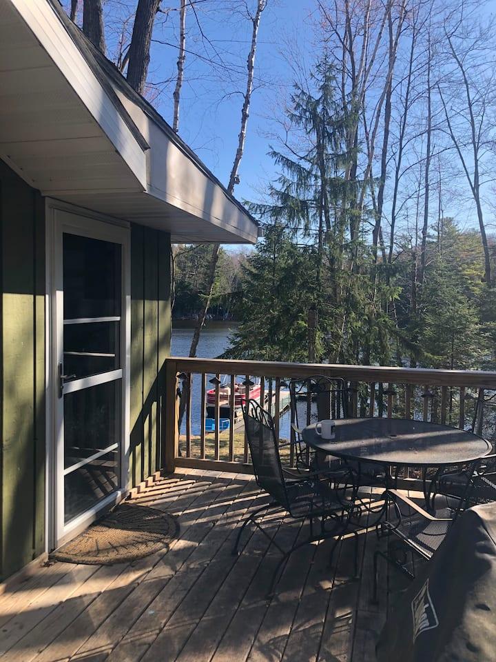 Quiet Northwoods Lake Retreat- Rest & Recharge