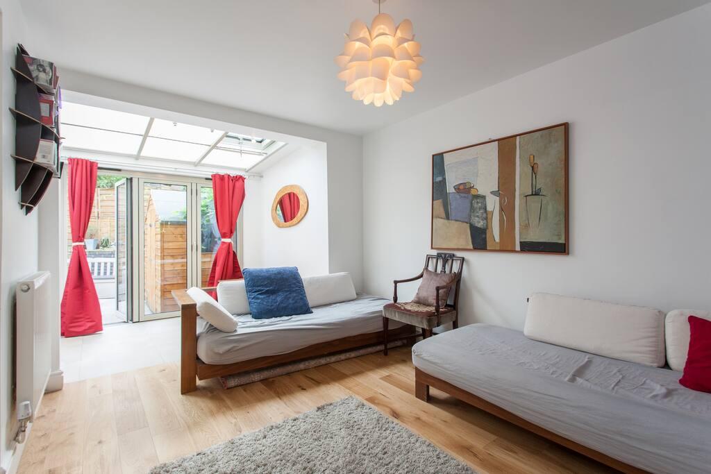Super trendy flat on brick lane apartamentos en alquiler for Alquiler piso londres