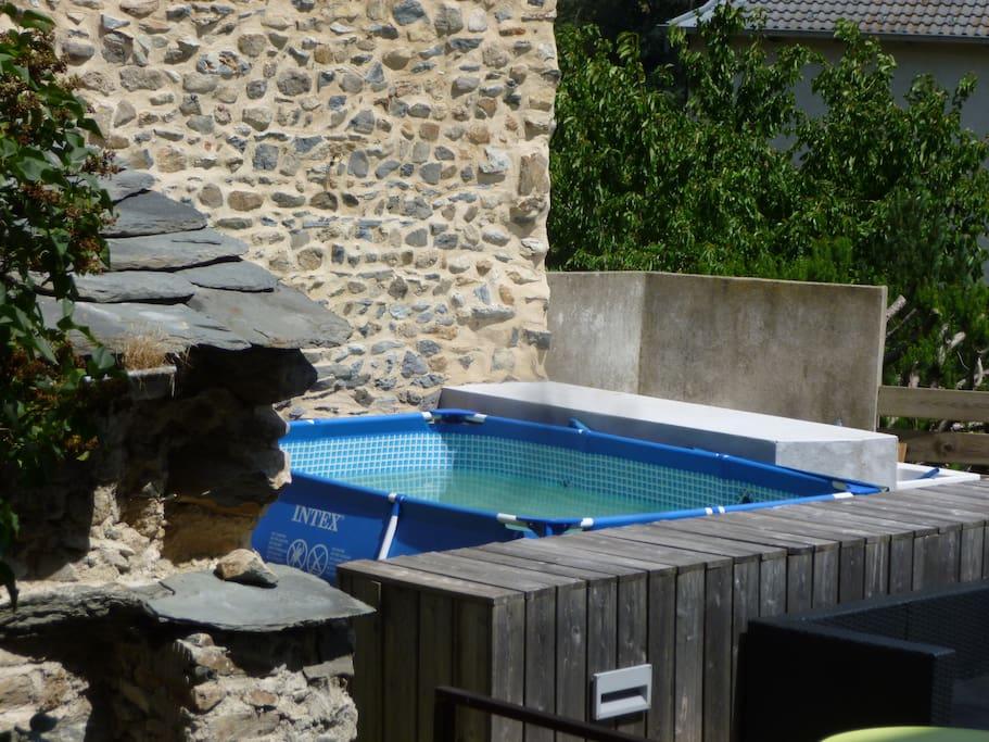 Maison d 39 anne mat maisons louer yssingeaux for Piscine yssingeaux