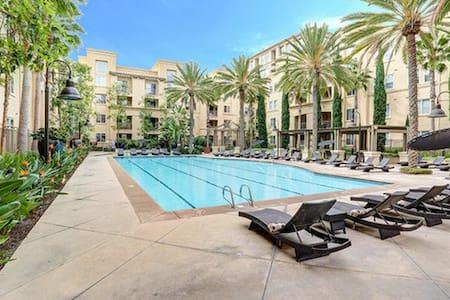 ☛ Cozy Luxury Condo Resort in Newport/Irvine - Irvine - Apartament
