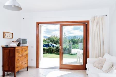 HOLIDAY HOUSE SARDINIA Valledoria 7 - Codaruina