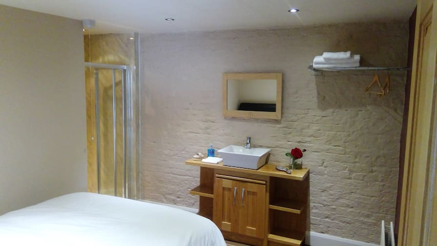 The Barn Loft Mullaghmore Ho. Omagh Home from Home