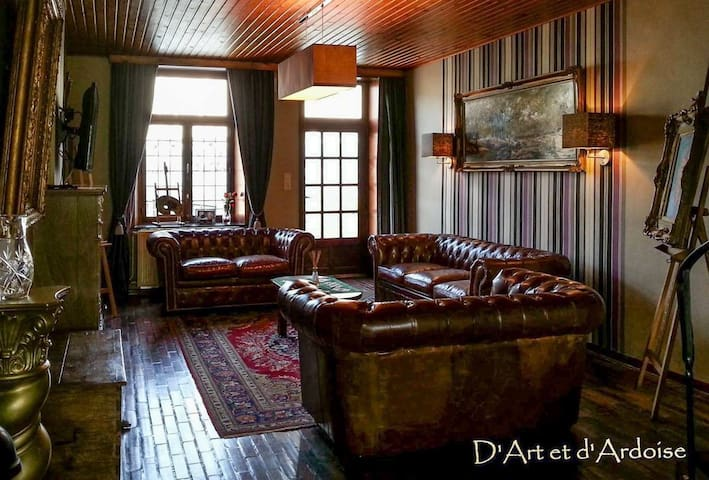 Country Guest House: D'Art et d'Ardoise - Winenne - Hus