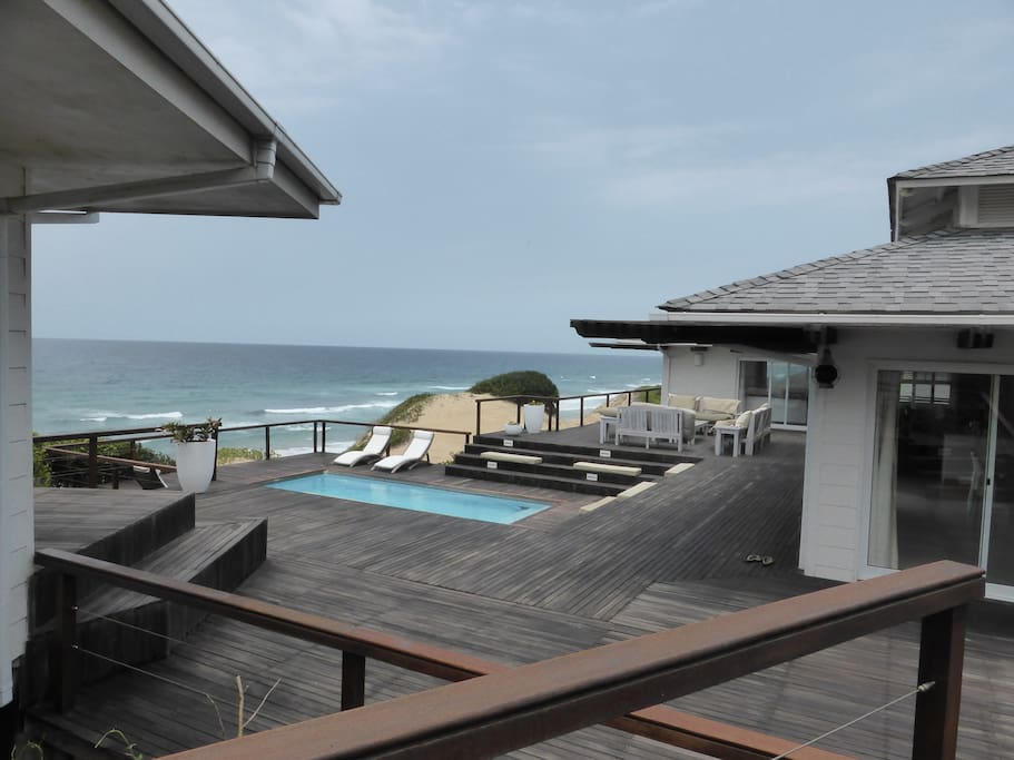 View over the pool deck to the sea
