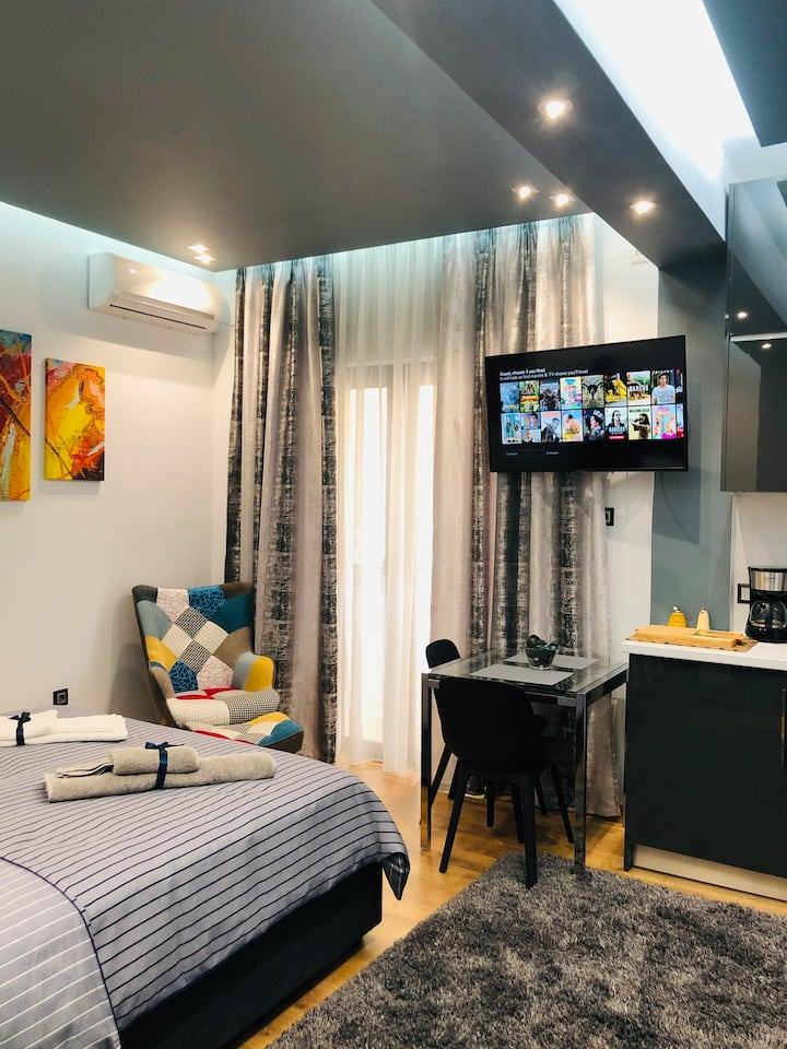 Abelokipoi Station Cozy Stylish Studio