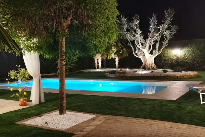 Villa Country Hause con Piscina Privata 12 ospiti
