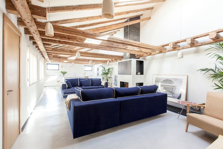 Spacious penthouse with sky views in best location - Madrid - Jiné
