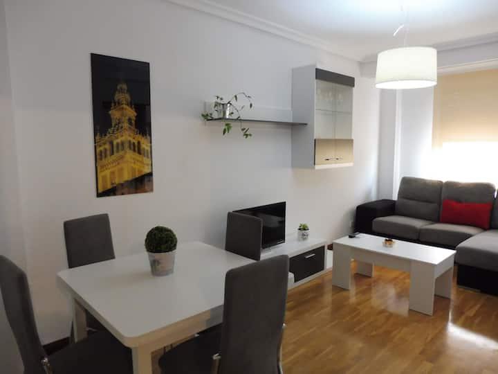 Apartamento tranquilo cerca de la Plaza España