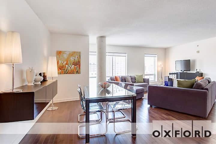 # Luxury large one bedroom near Old Montreal