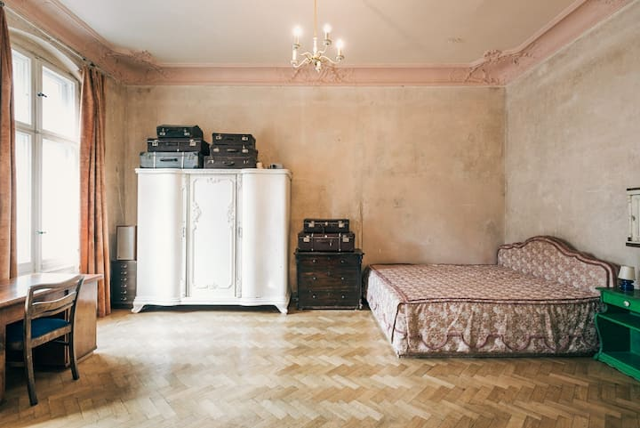 142 m² Historical Arty Loft - Room