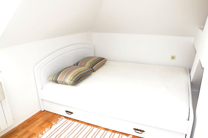 ZAGREB, CHIC AP FOR 3, CENTER 10min - Ζάγκρεμπ - Διαμέρισμα
