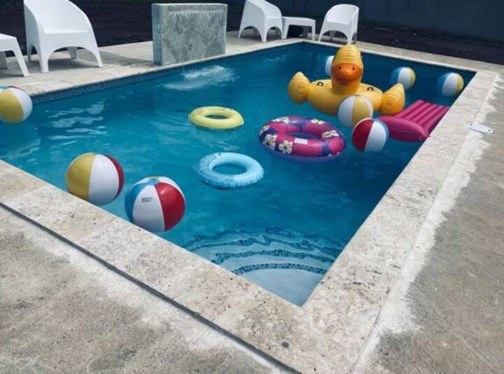 3BD Family House with Private Pool near the Beach