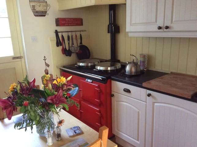 Quaint One Bed Cottage in Hythe in Superb Location - Hythe - Casa