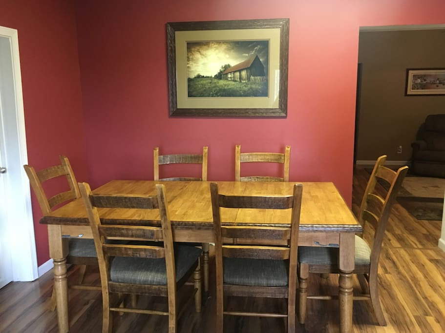 6 person dining room table, additional chairs and TV trays available.