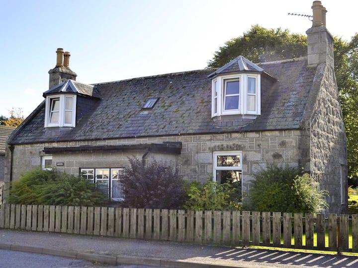 Granite Cottage (12655)