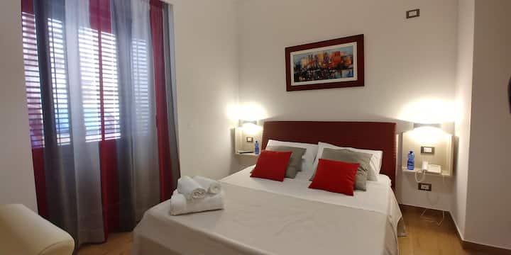 B&B Il Campanile - Red Room