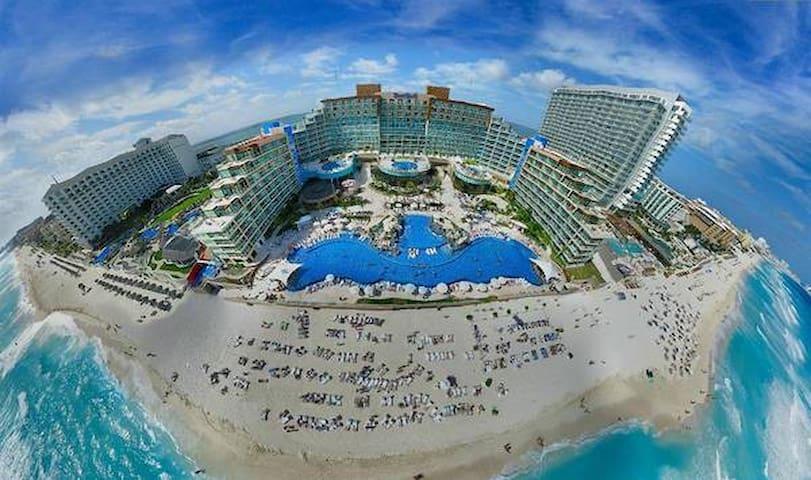 Hard Rock Hotel Cancun birds-eye view