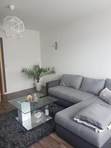 Schöne möblierte 1 Zimmer Wohnung