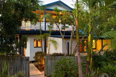 Cavvanbah Beach House - Byron Bay