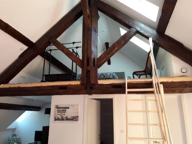 Mezzanine avec lit 140