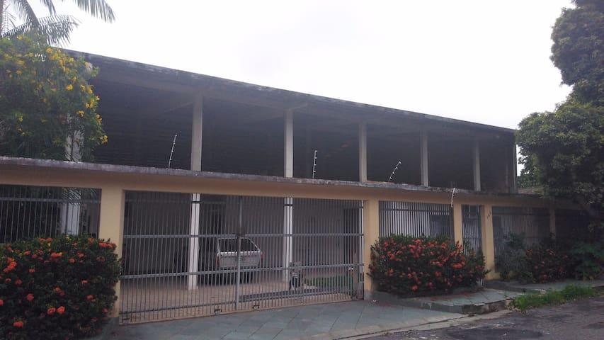 Replubica 3 - Quartos Em Manaus. Casa estudante - Manaus - Dom
