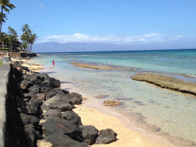 "Maui Sands Getaway 702 ""OCEANFRONT"""
