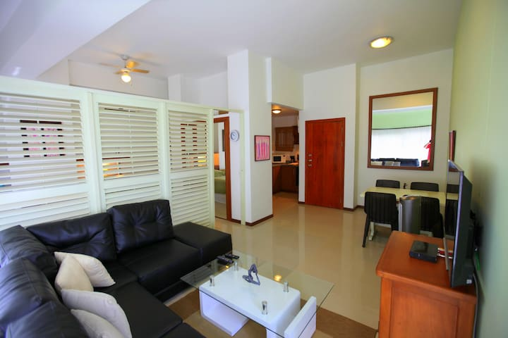 Executive apartment, steps to beach - Cartagena - Apartment